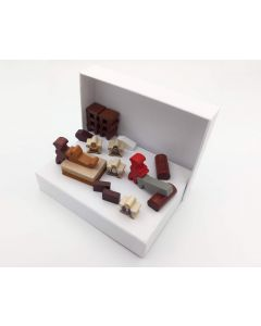 Diorama joinery small