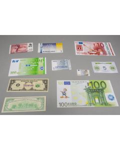 Individual game money (bank notes)
