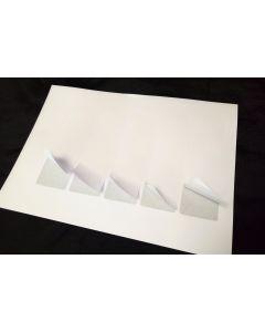 Karten auf Trägerpapier zum Zusammenklappen