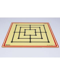 Game board chess / checkers